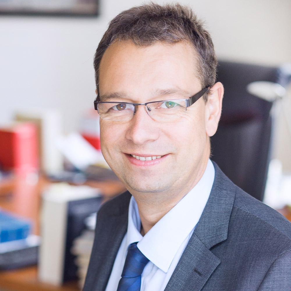Dr. Olaf Griebenow